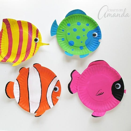 https://craftsbyamanda.com/wp-content/uploads/2018/07/paper-plate-tropical-fish680.jpg