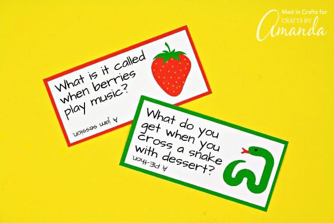 Funny printable lunchbox joke cards