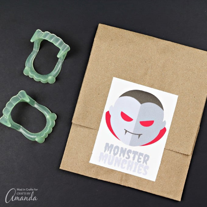Printable Halloween dracula sticker