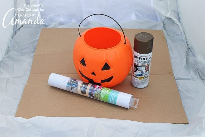 What you'll need to make a stacked pumpkin planter