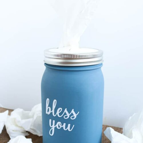 Make this mason jar tissue holder with a mason jar and a few supplies!