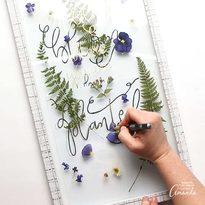 how to make pressed flower art