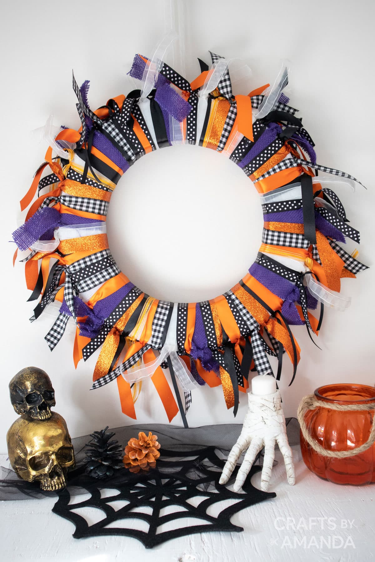 halloween wreath made from ribbon