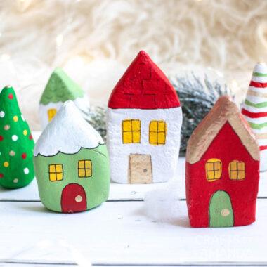 3 salt dough houses
