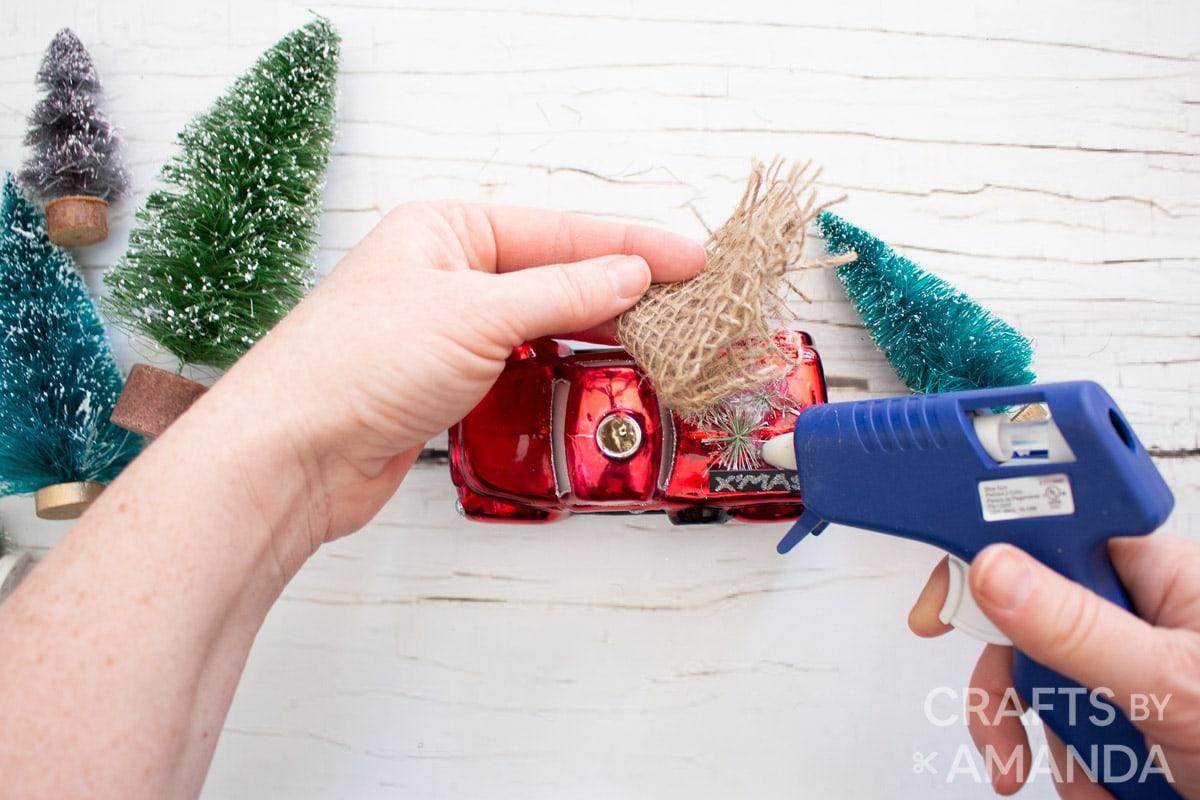 adding burlap to ornament