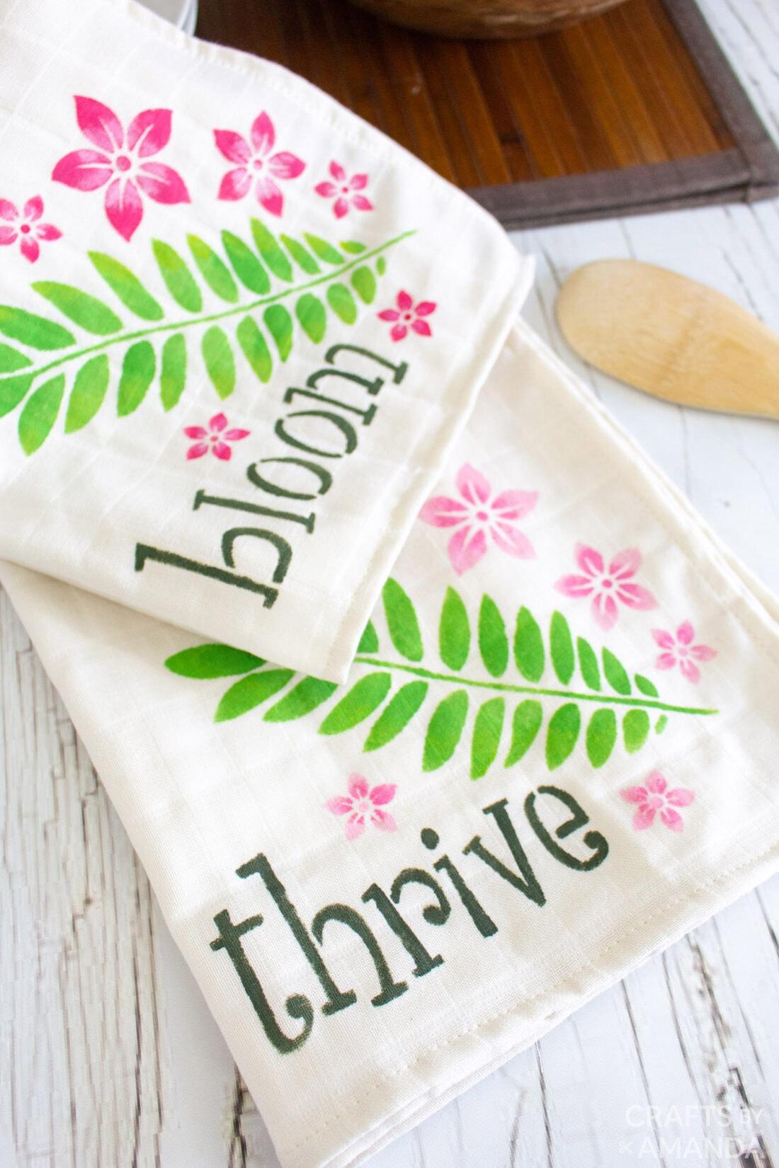 2 DIY Tea Towels