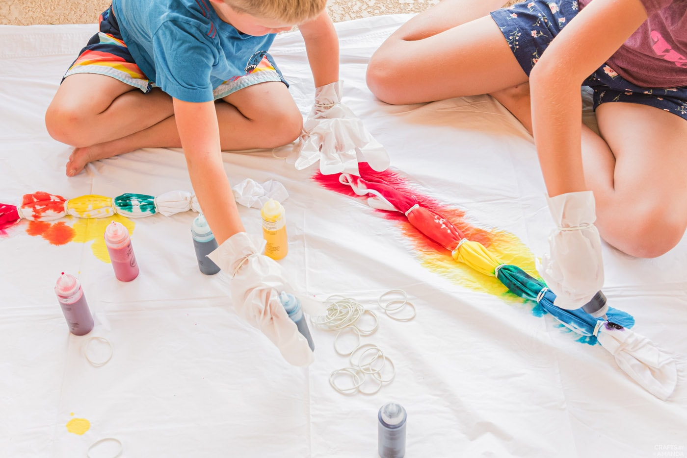tie dying a white t shirt