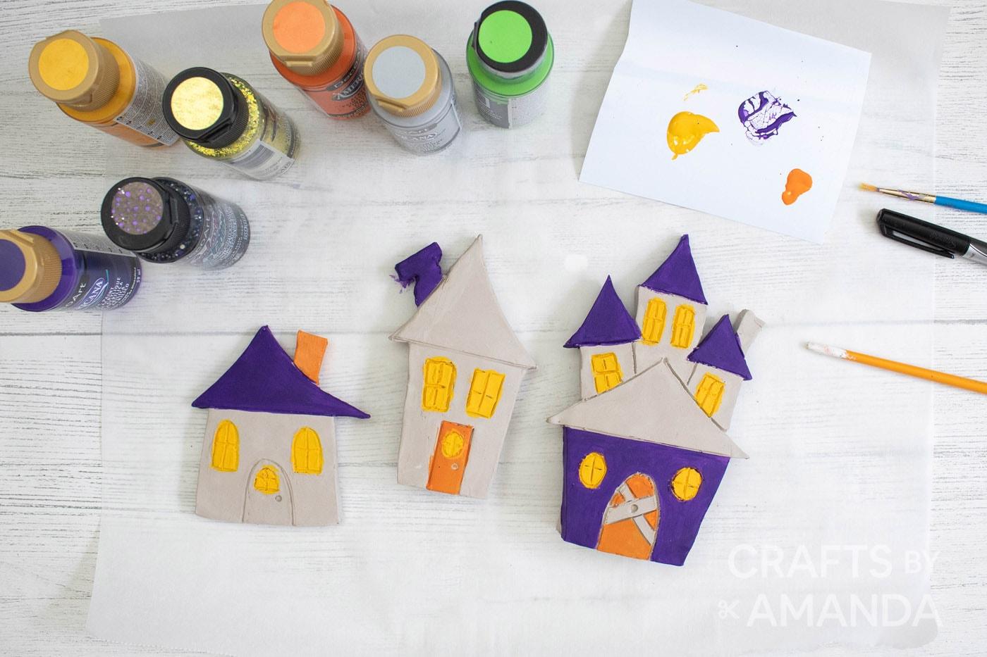 klei halloween dorp schilderen